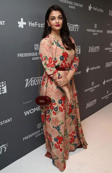 Aishwarya Rai Bachchan at Cannes 2015. #Bollywood #Fashion #Style #Beauty #Cannes2015
