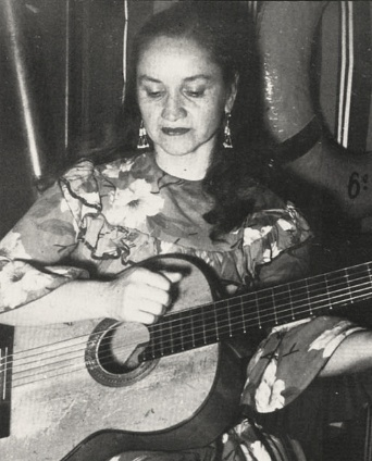 La Violeta. Que mujer! Famous Folk artist and Founder of the Nueva Cancion Movement in Chile during the late 1960s.