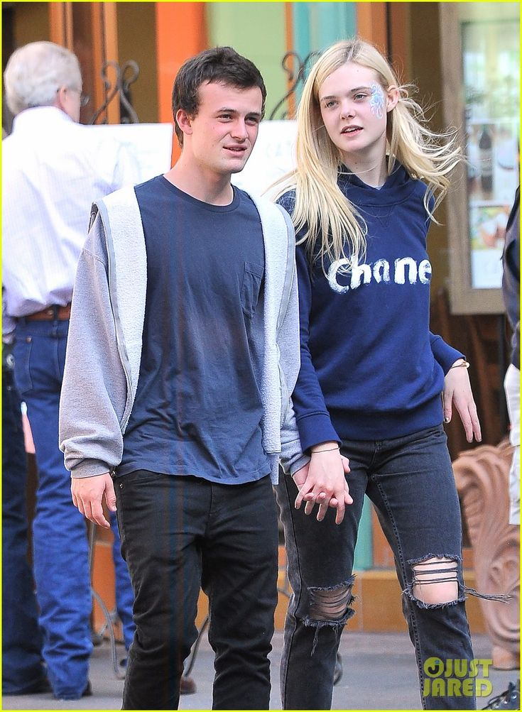 Elle Fanning And Boyfriend 43 best Elle Fanning i...