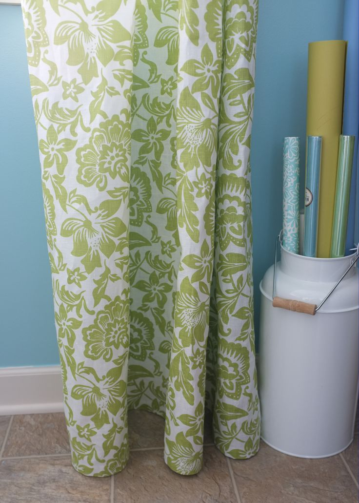 Oh how fun it is to have a laundry room large enough to warrant curtains drapes (doesn't drapes sound more formal than curtains?).  Yes, I know how lucky I am.  My laundry room is actually a multi-...