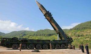 Image result for hỏa tiền North Korea aiming usa