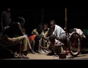 Foroba Yelen für Mali: Matteo Ferroni und seine mobilen Gemeinschaftsleuchten