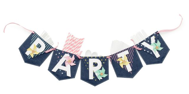 Party Pocket Banner using the Denim Blues collection and the Banner Punch Board from We R Memory Keepers by Aly Dosdall
