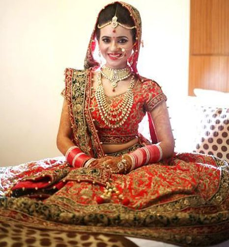 #Matrimonymangtaa Happy girls are the prettiest! Do you think smile makes a girl more attractive? [1] Yes. [2] No.