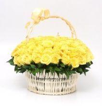 Корзина желтых роз 65 шт. Букет в Корзине из желтых роз 50 см. (Израиль)