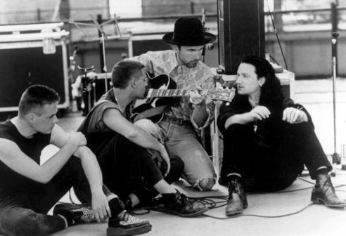 U2.Music, Hum, Bono Vox, The Edging, U2 Rattle, Honey Lipsfelt, Honey Lips Felt, Favorite Pin, The Band