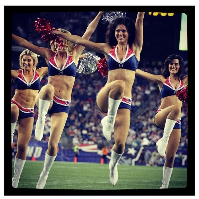 Patriots Cheerleaders And Patriots On Pinterest: New England Patriots NFL Cheerleaders Dancing