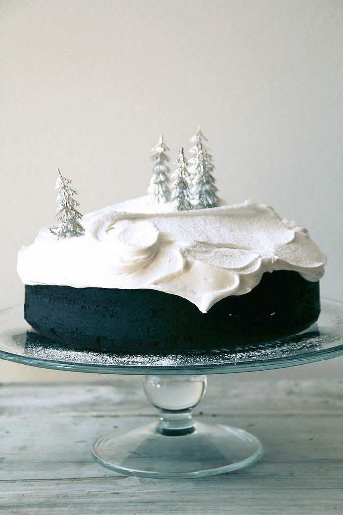 Poppytalk - chocolate gingerbread with marsmallow icing