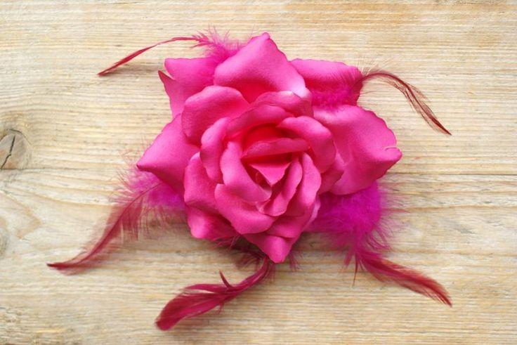 Fel roze corsage