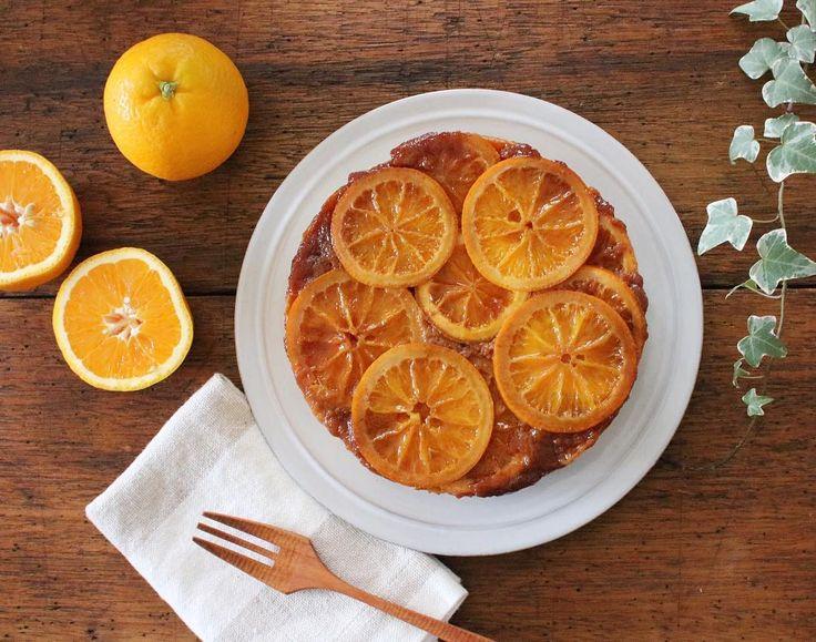 今インスタグラムで話題になっている「アップサイドダウンケーキ」をご存知ですか?インパクト大でおしゃれな見た目のケーキは味ももちろん絶品!基本のレシピとアレンジをまとめてご紹介いたします。