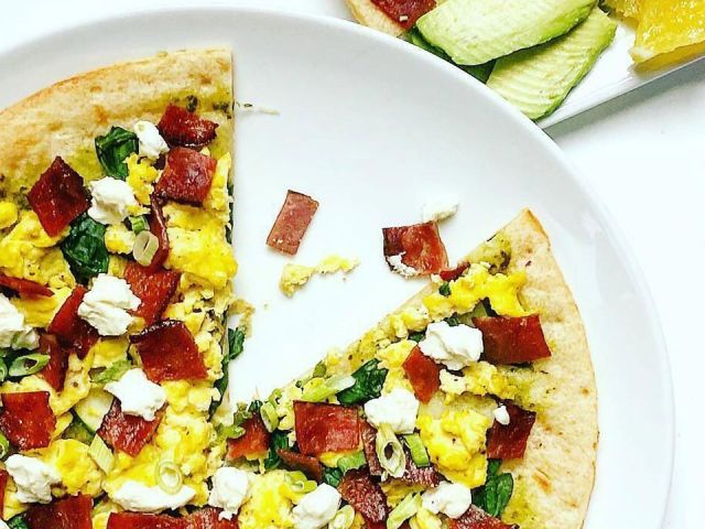Frühstückspizza von CAULIPOWER | Beste Blumenkohl Pizza Rezepte   – Healthy Food