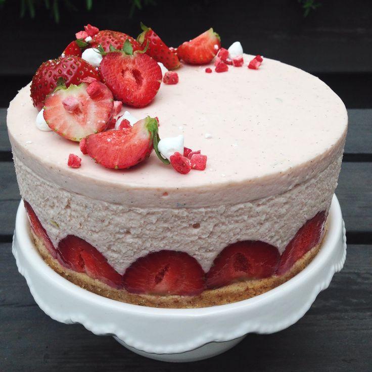 Cake By Mary: No-bake Jordgubbscheesecake