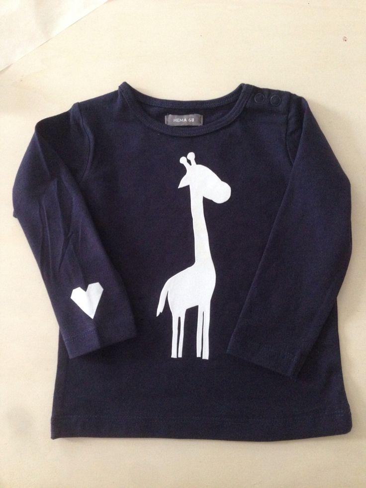 Kraamcadeautje, shirtje met flockfolie, erg leuk resultaat en super simpel te maken