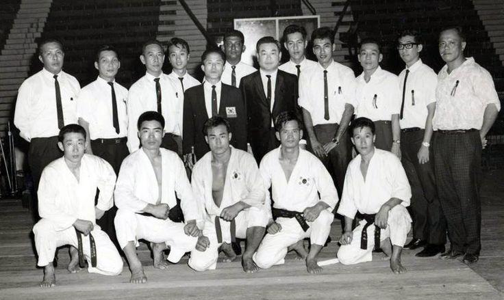 A-1965-photo-of-Nam-Tae-Hi-and-Choi-Hong-Hi-in-Singapore-with-their-Tae-Kwon-Do-team-including-Rhee-Ki-Ha-Park-Jong-Soo-and-Han-Cha-Gyo.