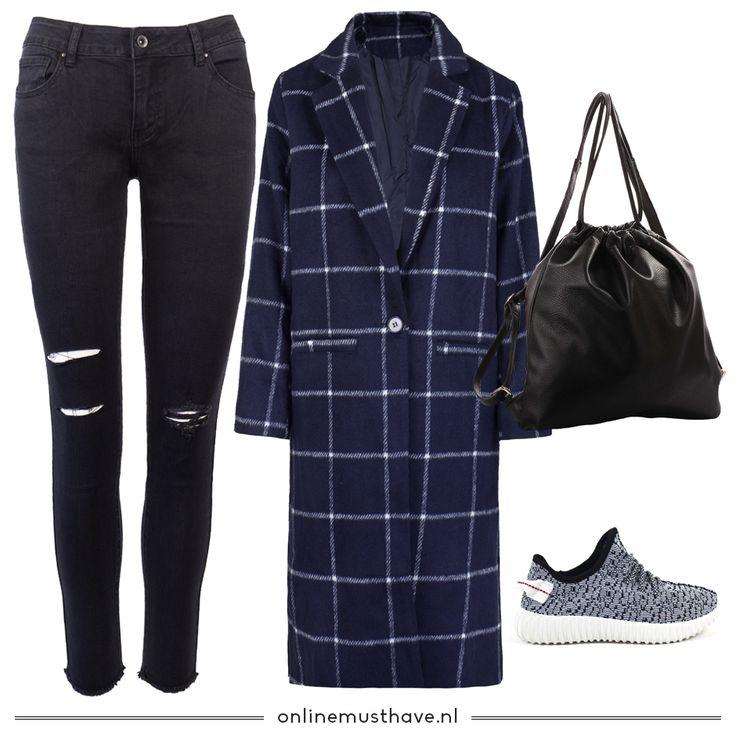 Hello girls! Vandaag weer een nieuwe outfit inspiratie. Dit outfitje is niet alleen on-point, deze items houden je ook nog eens lekker warm! 😁 Shop the look!