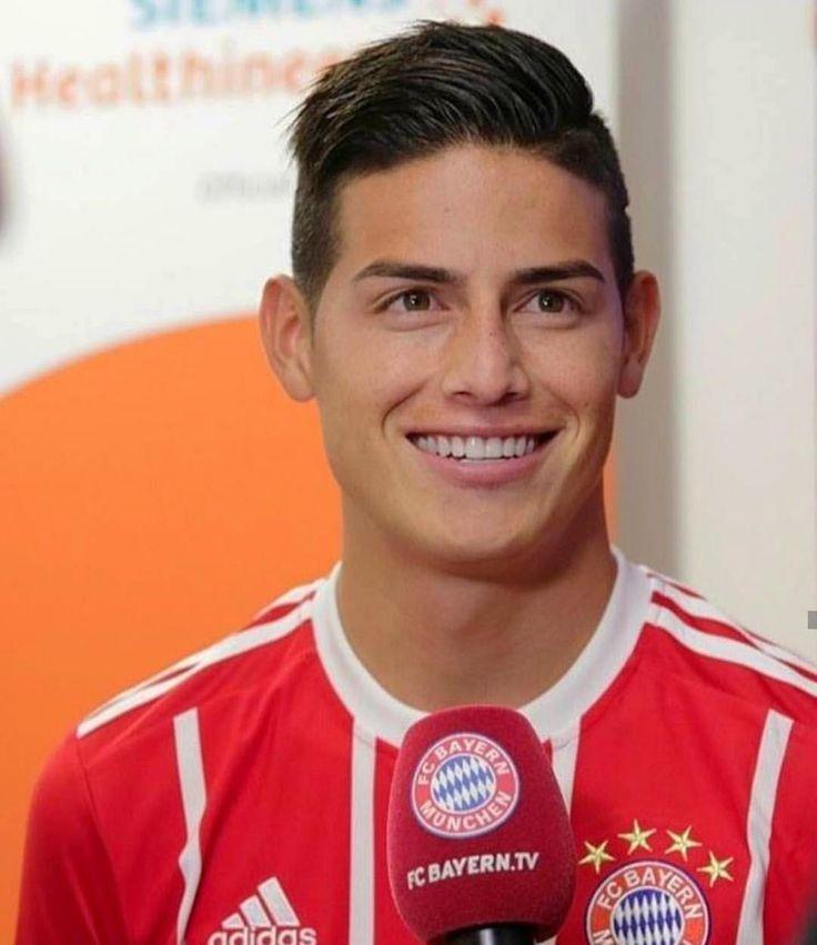 """Primeras imágenes en el Bayern... Hoy día cumpleaños se James y día de presentación en el Bayern…"""""""