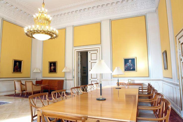 BASWAphon Akustikpuds på vægfelter giver en usynlig ro i Højesteret ved Christiansborg Slot
