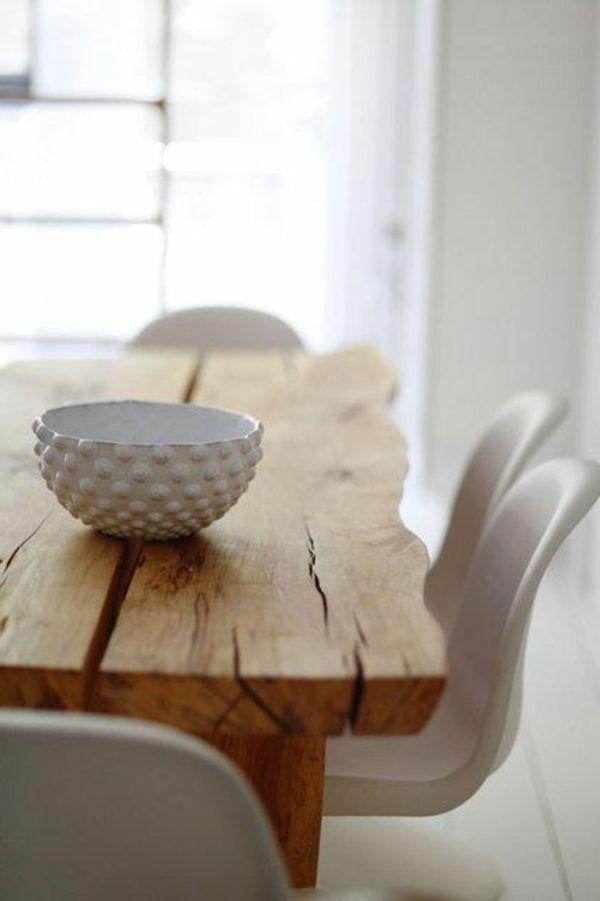 holztische design rustikal weiße stühle