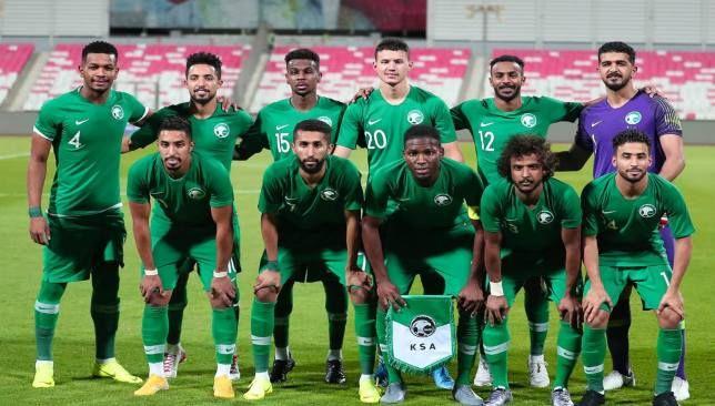 24 لاعبا في قائمة المنتخب السعودي لمباراتي سنغافورة وفلسطين سعودي 360 أعلن الفرنسي هيرفي رينارد المدير الفني للمنتخب السعودي ع Soccer Field Soccer Sports