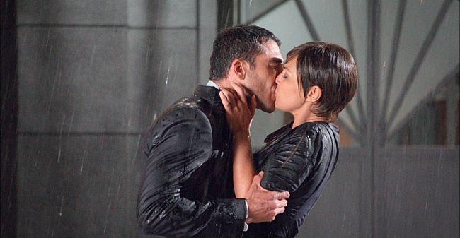 ¿Qué sintió Miguel Ángel Silvestre al besar de nuevo a Paula Echevarría en 'Velvet'?