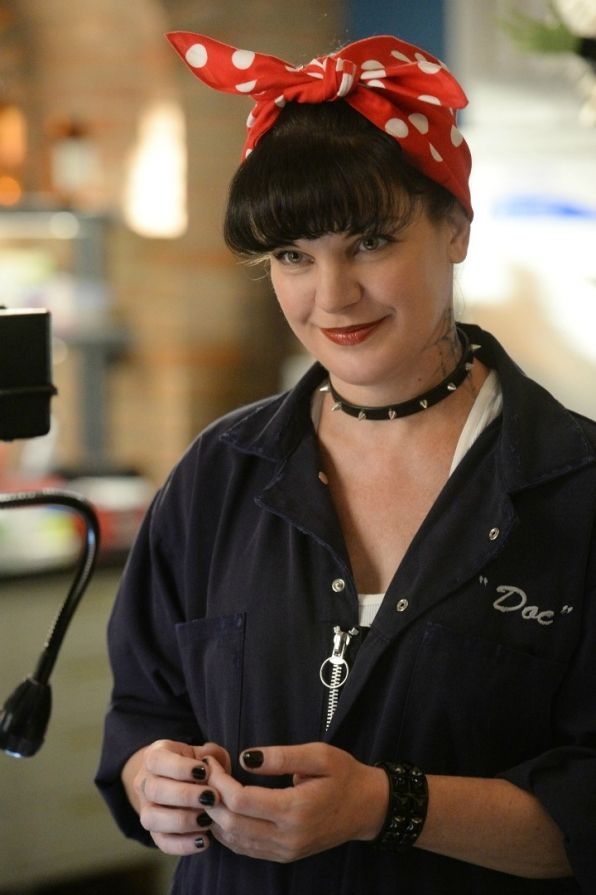 who is abby from ncis dating
