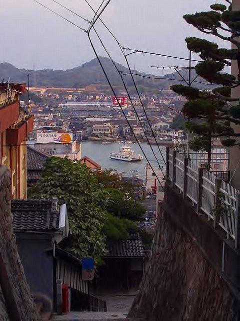 石段の町・尾道 / Onomichi - there's so many stone stairs, alleys...
