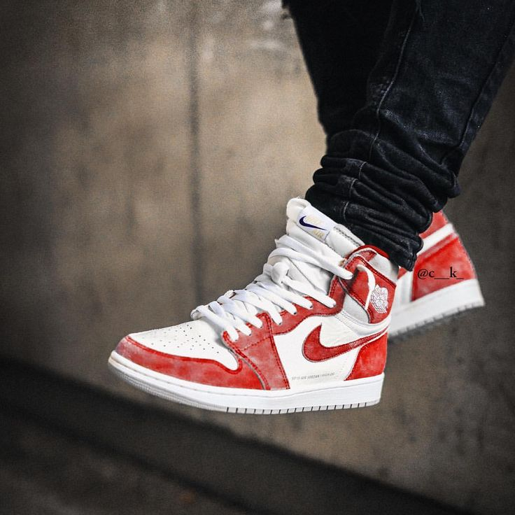 Would you cop a Turbo Red #jordan1 ? ???????? ???? by @c__k_