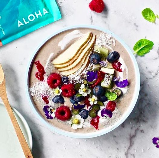 Maintain your summer wellness achievements throughout the colder months. We love this @alohamoment chocolate protein smoothie bowl, for a nutritious and easy meal!  #luxandeco #luxandecogourmet #healthy #healthyeating #healthyliving #health #wellness #delicious #organic #organicfood #organic #luxurylifestyle #instafood #instafoodie #instafoodies #foodie #foodlove #foodlover #healthyfood #onthetable #recipeoftheday #foodgoals #foodinspo #fallrecipes #smoothiebowl #protein #chocolateprotein
