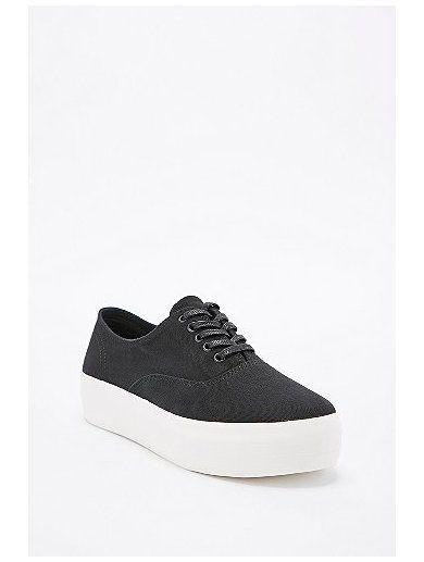 http://sellektor.com/user/dualia/collection/vagabond Vagabond Keira Lace-Up Flatform in Black