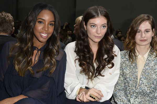 Front Row at Chloe - Pictures - Zimbio