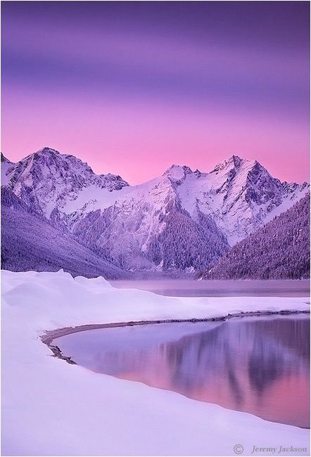We love the beauty nature has to offer in this winter sunset - http://SierraSpirit.biz (backpack guides in/around Yosemite)