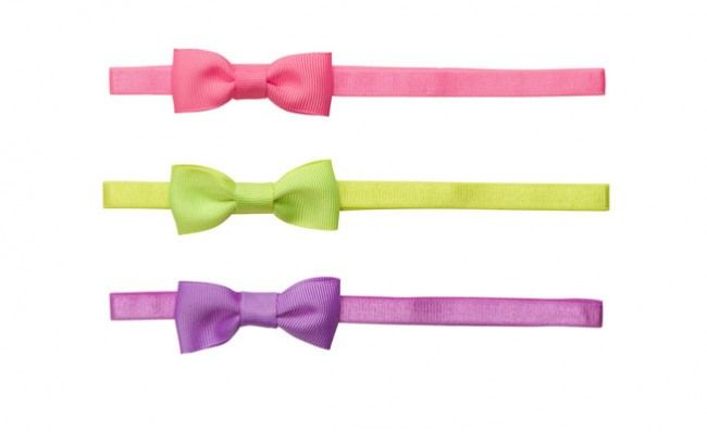 Simple bows for baby girls. www.thebump.com