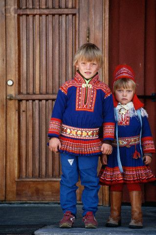 Sami Boy And Girl Traditional Costume Norwegian