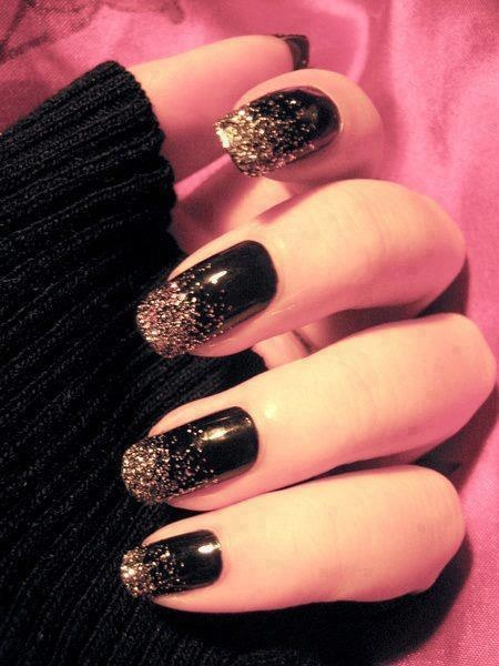 Glam Goth Nails. Black, silver glitter.