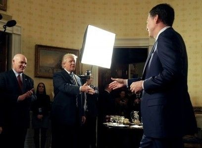 Trump says he has 'confidence' in FBI Director Comey but it's 'not too late' to fire him   THE OTHER EYEWITTNESS - news   Scoop.it