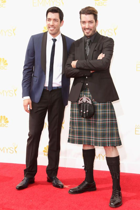 Drew Scott and Jonathan Silver Scott at the Emmys...proof that kilts are so underrated...