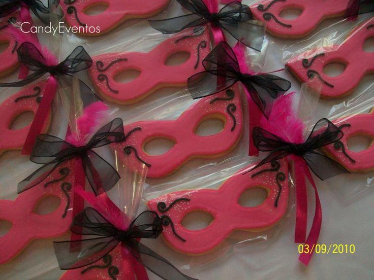 Como Recuerdo Para Los Invitados A Esta Quinceañera Mardi Gras  cakepins.com