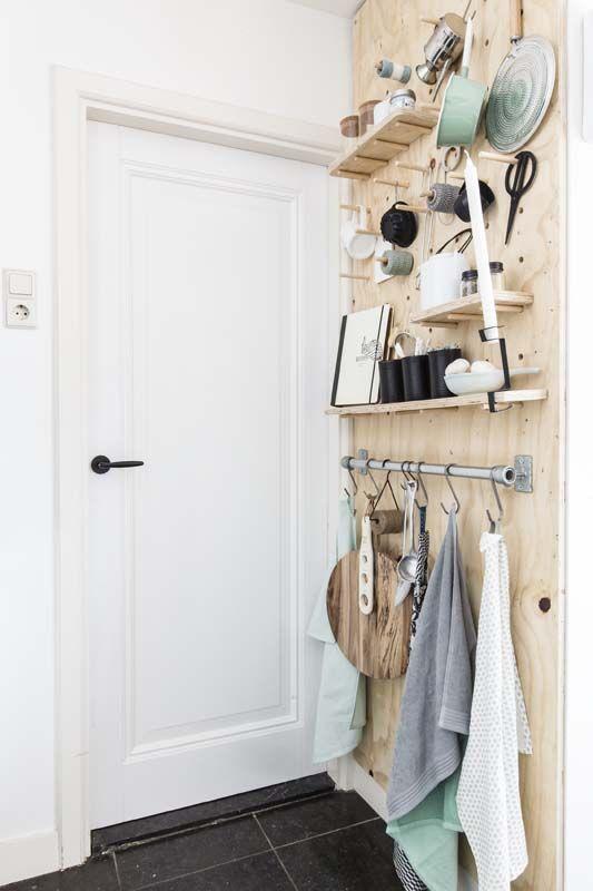 Organisation : joli rangement en bois clair, gain de place