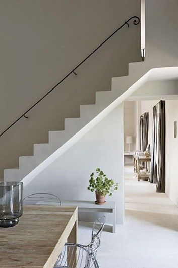 141 best stairs images on pinterest andalusia beach for Dining room under stairs
