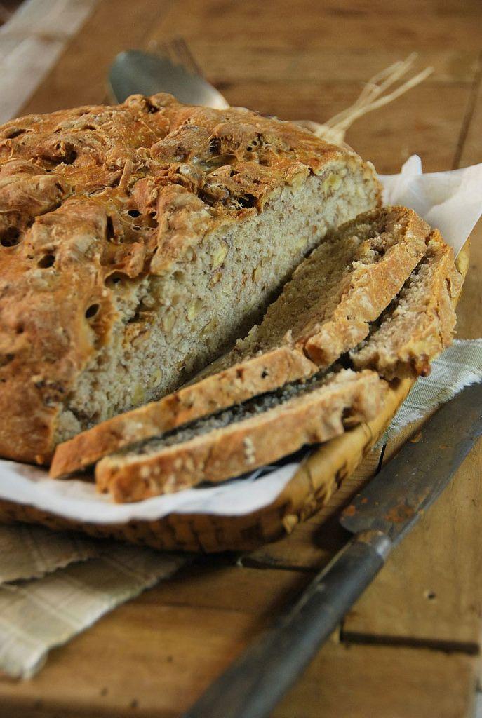 Pain aux noix et farine multi-céréales - Recette faite-maison parce qu'il n'y a rien de tel que faire son propre pain !