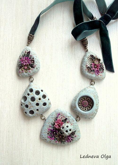 Olga Ledneva, polymer clay necklace. Колье из полимерной глины