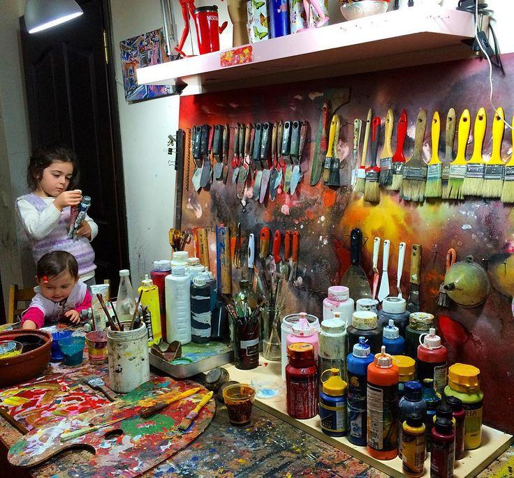 """little assistants ❣❣""  #artist #artwork #fineart #draw #drawing #artdrawing #artofdrawing #resim #ressam #serdarabay #serdar_abay #artstudio #studio"
