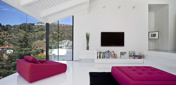 Nakahouse, located high in the Hollywood Hills, just below the Hollywood sign. Designed by LA based firm XTEN Architecture, the abstract remodel of a 1960′s hillside home was completely reconfigured, and the exterior was opened up to the hillside views and the natural beauty of the surroundings.Hollywood Sign, Hollywood Hills, Dreams, Living Room, Interiors Design, House, Los Angels, White Interiors, Xten Architecture