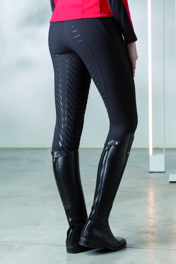 Amanda: woman breeches studied to offer the best fit and an optimum comfort…