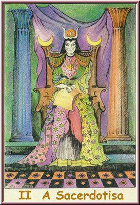 2. A Sacerdotisa, no Tarot Namur, desenhado por Martha Leyrós