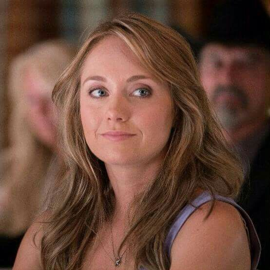 Amber Marshall as Ashley Fleming Borden