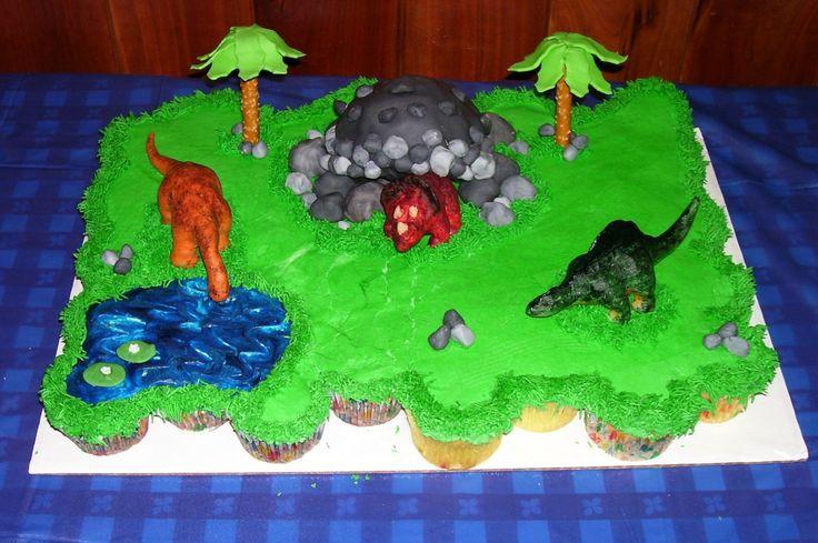 The Best Dinosuar Cake