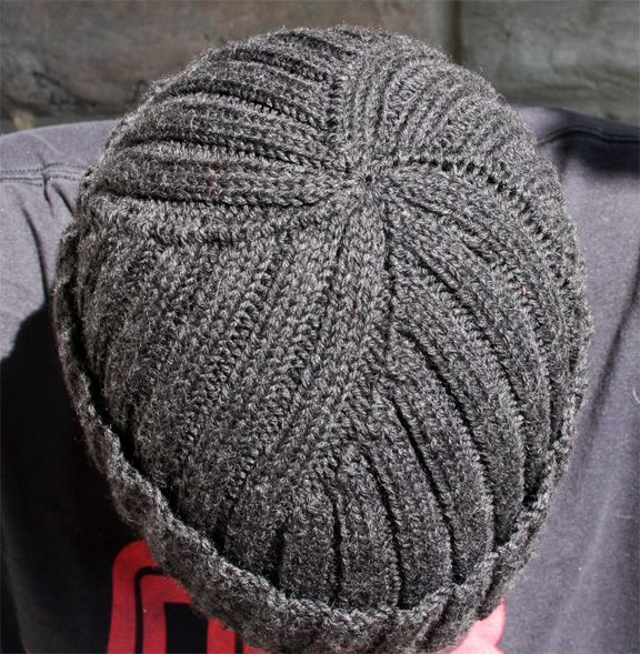 Mens Knitted Hat Patterns : My instructions for size 57 (59 cm): 2xLana Gatto Filfer ...
