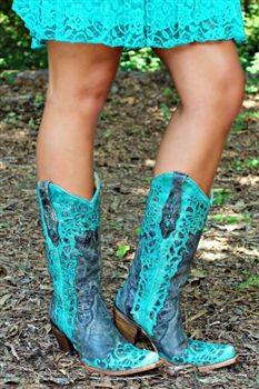 Cowboy's Sweetheart Boots $299.99 #SouthernFriedChics