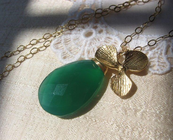 14k groene onyx  & orchidee ketting gold filled van atelierkannenberg op DaWanda.com